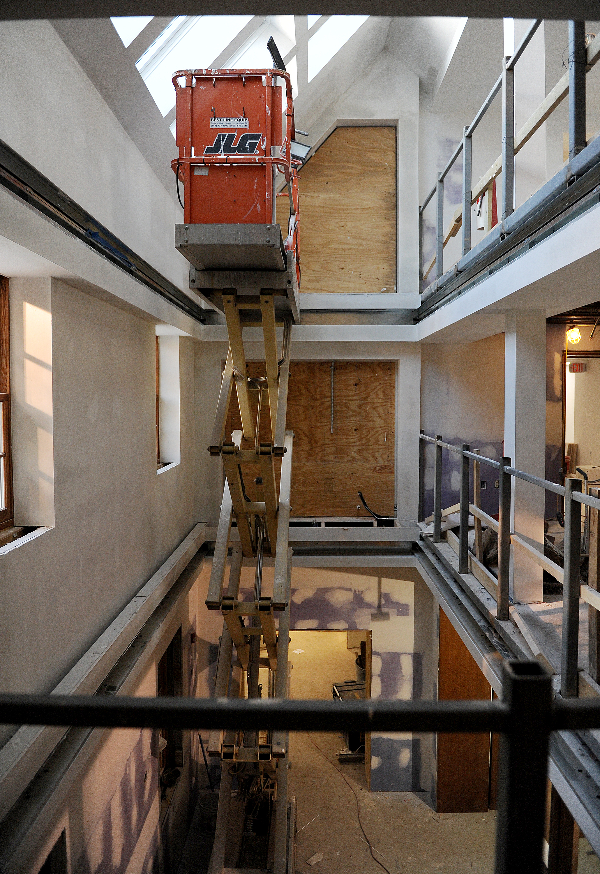The Zartman Construction team works on the interior of Hildreth-Mirza Hall at Bucknell University.
